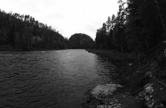 Down the Kitka river